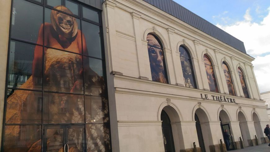 Le théâtre de Laval.