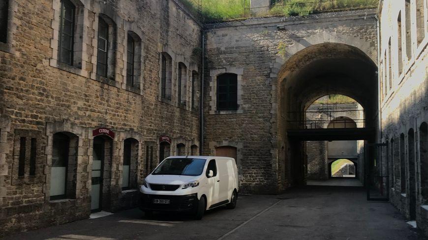 Vue intérieure du fort Pélissier