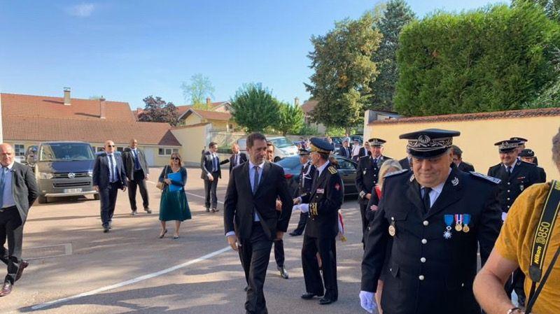 Christophe Castaner lors de son arrivée à l'école nationale de police de Sens