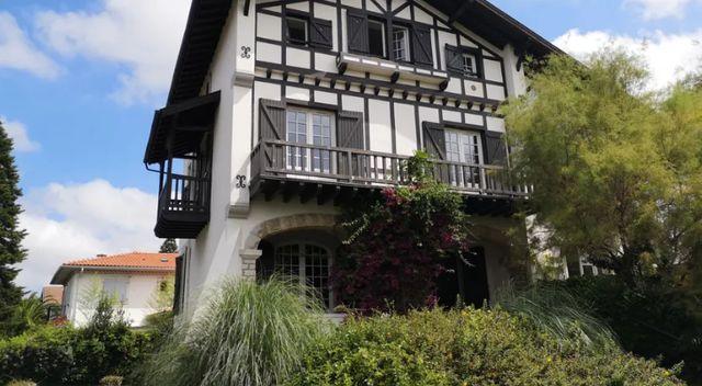 La maison des avocats de Bayonne.