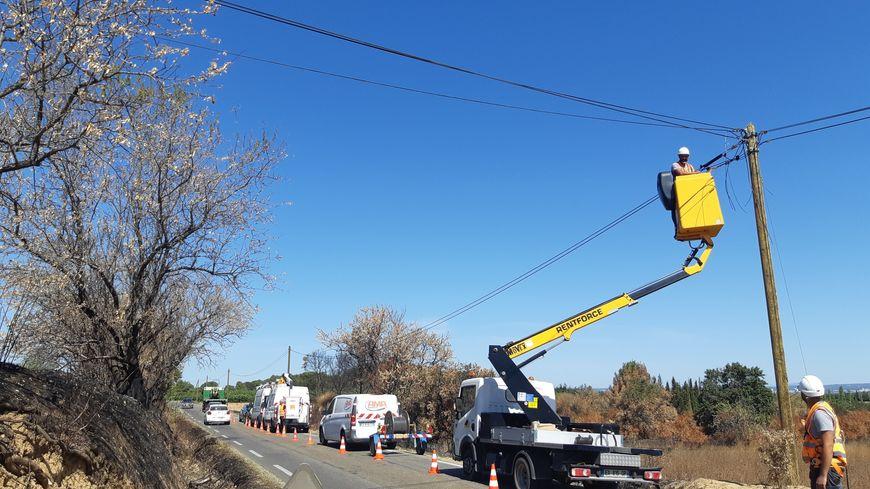 Les lignes téléphoniques en cours de réparation sur la départementale 14