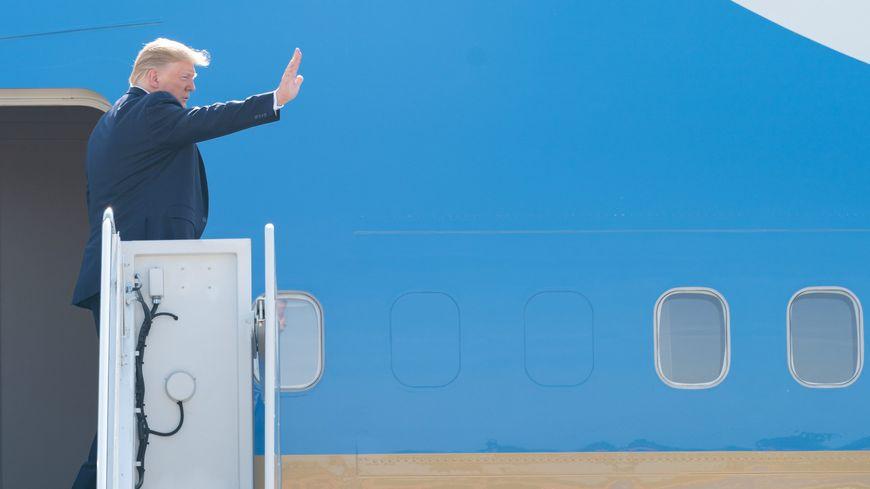 L'avion présidentiel nécessite une piste d'au moins 3 km pour pouvoir atterrir