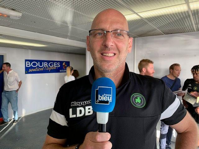 Laurent Di Bernardo l'entraîneur du Bourges Foot est fier de ses joueurs. C'est une belle récompense pour les bénévoles du club