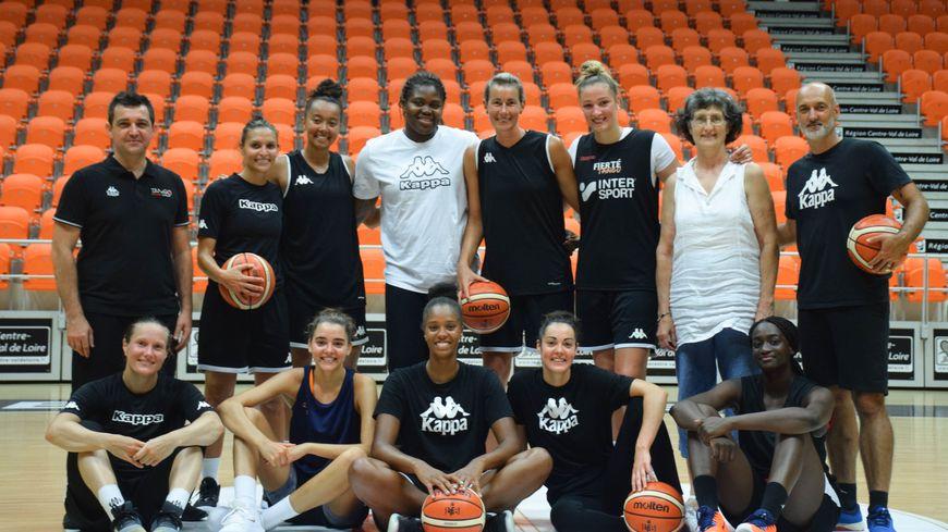 L'équipe du Tango Bourges Basket presque au complet pour la reprise de l'entrainement cette semaine