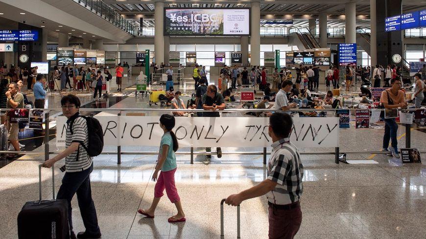 Les vols ont reprise ce mercredi à l'aéroport de Hong Kong.