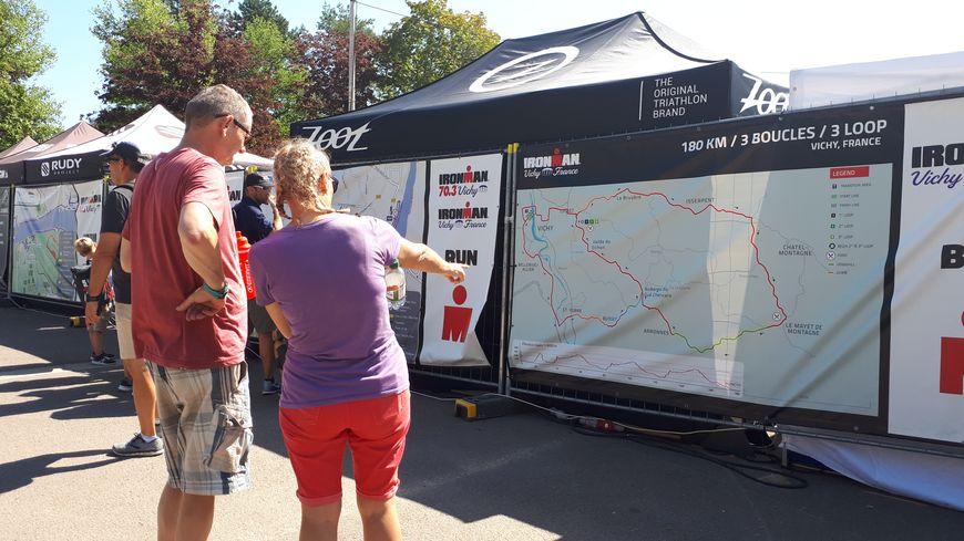 L'épreuve comprend notamment 180 km de vélo à travers la montagne bourbonnaise.