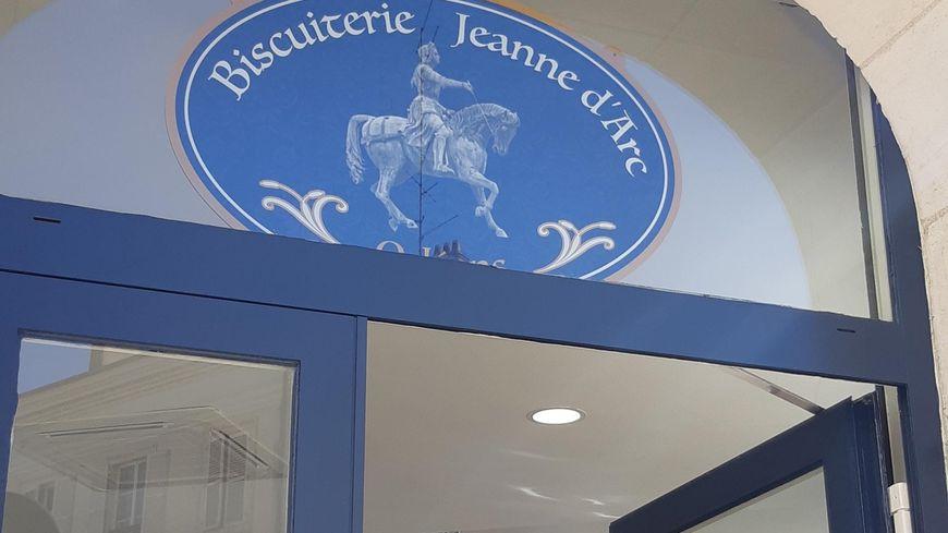 La biscuiterie de Chambord baptisée Jeanne d'Arc à Orléans