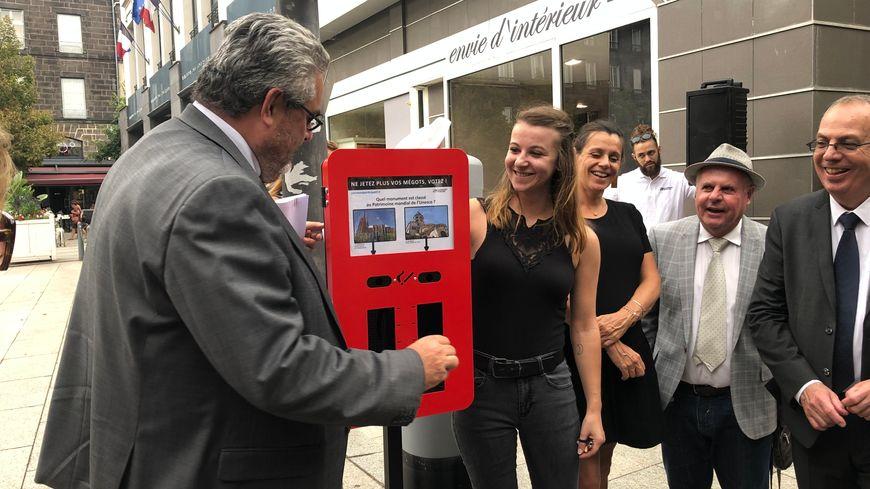 """Sur le """"vote-mégots"""" de la place de la Victoire, c'est une question sur la ville de Clermont-Ferrand."""