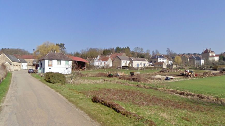 Le village de Marmeaux, dans l'Yonne
