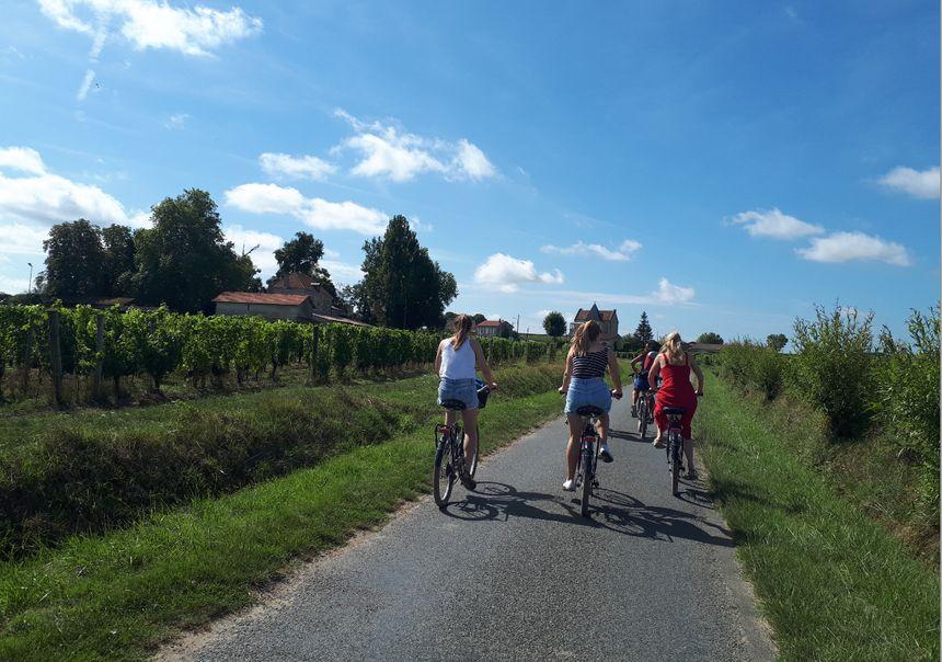 Départ pour Saint-Emilion le village, à vélo.