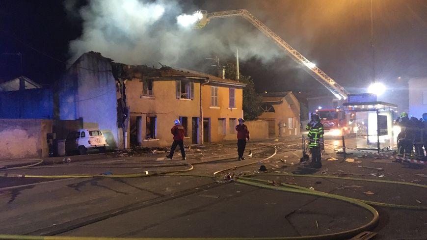 Le bâtiment était heureusement inoccupé au moment de l'explosion