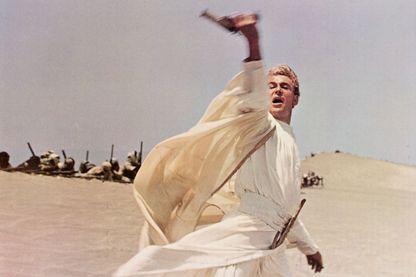 Lawrence d'Arabie reste dans l'inconscient collectif associé au visage de Peter O'Toole, dans le film de David Lean en 1962. Un film assez fidèle à l'histoire de Thomas Edward Lawrence.