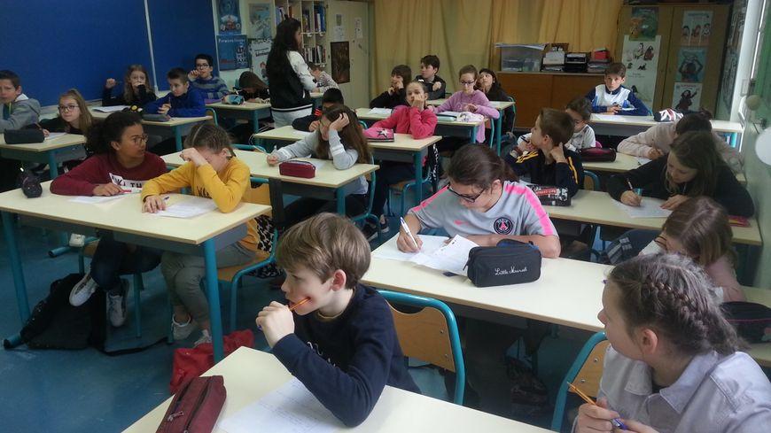 Le nombre d'élèves inscrits en primaire diminue encore fortement pour cette rentrée dans le Cher