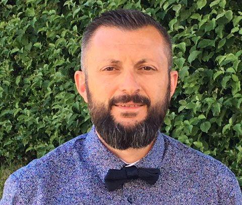 Pascal Chiristian, 42 ans, directeur d'école élémentaire de 8 classes et 200 élèves dans l'Isère.
