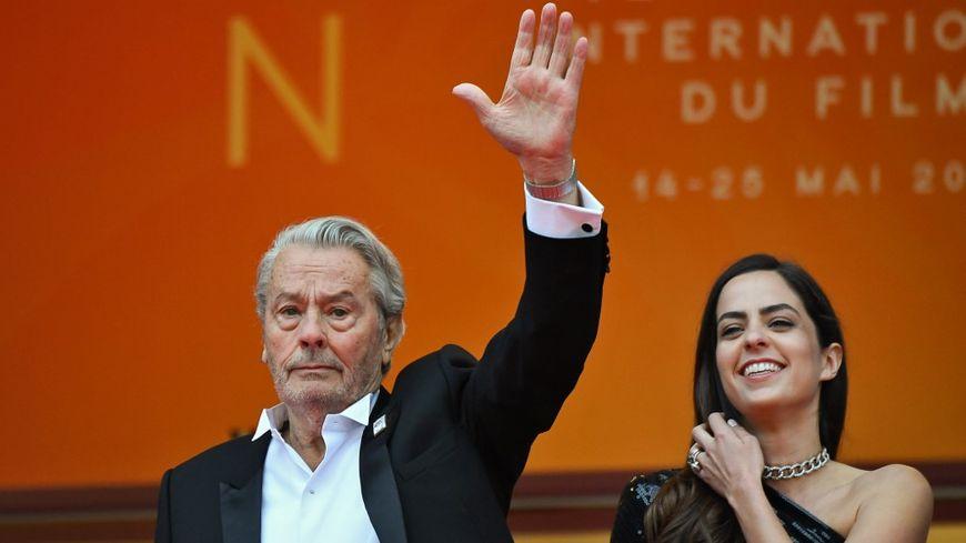 Selon sa fille, Alain Delon pense à ses futurs projets.