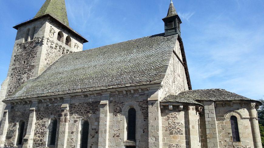 Eglise Saint-Georges de Riom-ès-Montagnes dans le Cantal