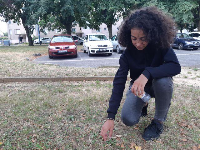 Amel est l'une des initiatrices du défi #FillTheBottle