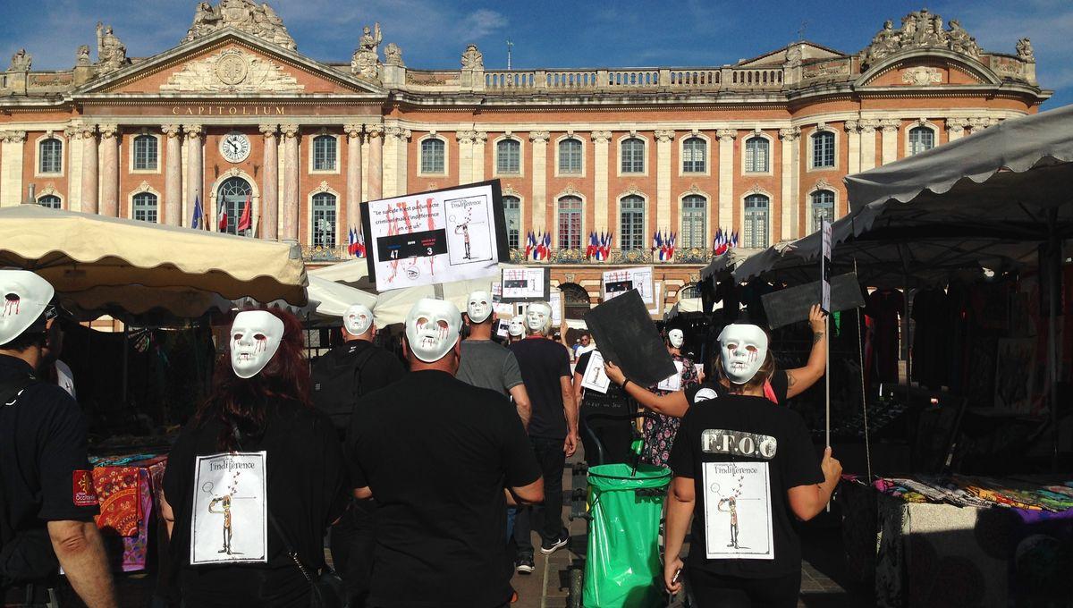 Des femmes de policiers rassemblées à Toulouse pour lutter contre les suicides dans la police
