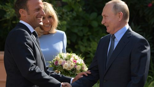 Emmanuel Macron et Vladimir Poutine affichent leurs désaccords au fort de Brégançon