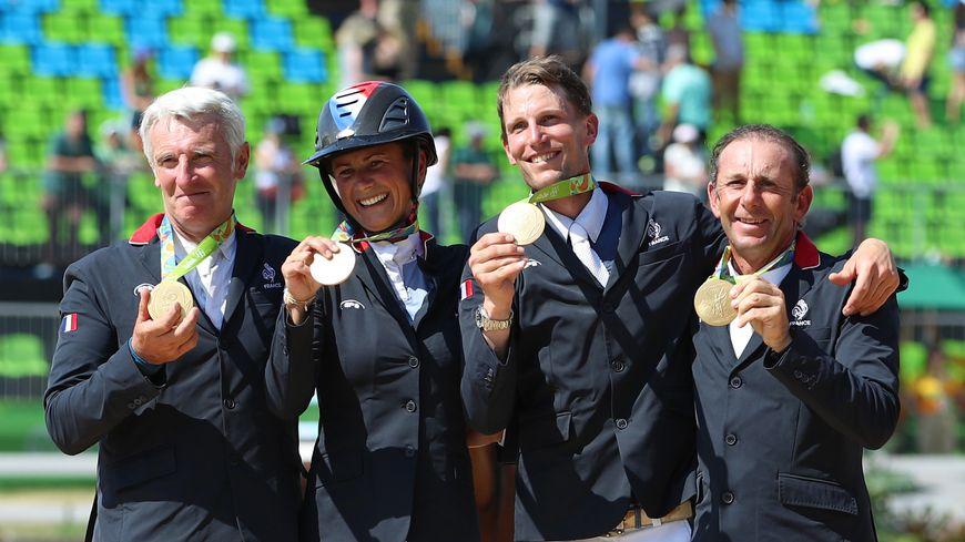 Les cavaliers normands Pénélope Leprévost et Kévin Staut (au centre) chercheront la qualification pour les prochains JO à Tokyo