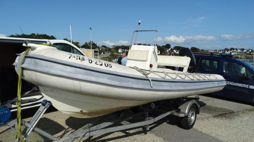 A bord du bateau, les agents des Affaires maritimes du Morbihan et les gendarmes de Sarzeau ont découvert près de 110 kg de pouces-pieds