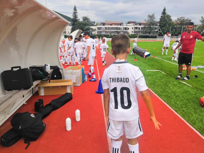 Les jeunes viennent principalement de l'Aix-Football-Club