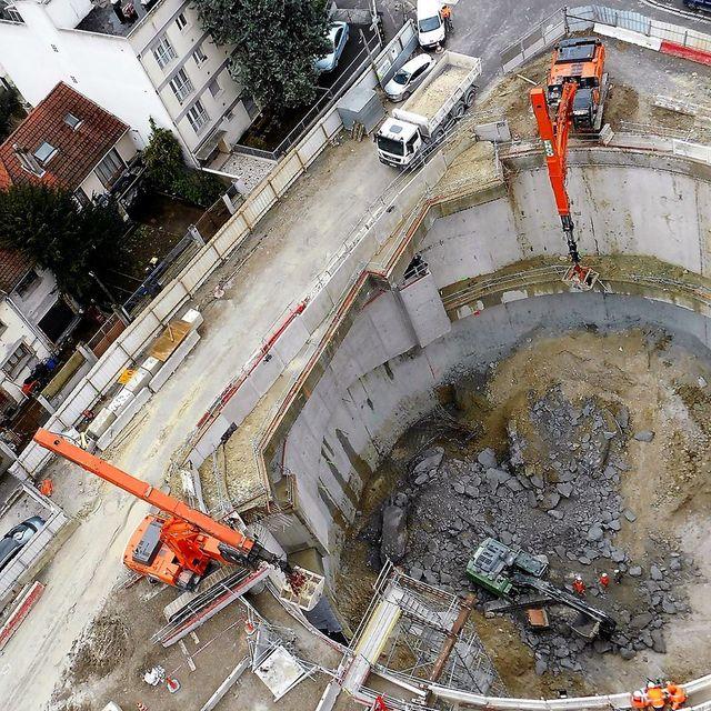 Au pied du 25 rue Lucien Piron à Rosny sous Bois, chantier en cours