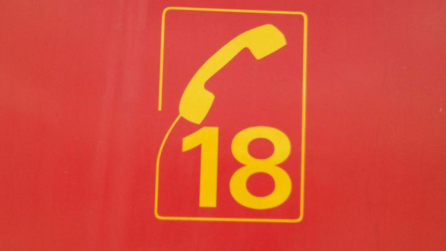 Véhicules de sapeurs-pompiers à la caserne de Neuves-Maisons
