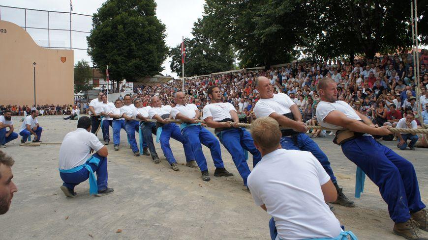 Même s'ils n'ont pas remporté la finale de tir à la corde, Saint-Jean le Vieux remporte ce festival de Force Basque