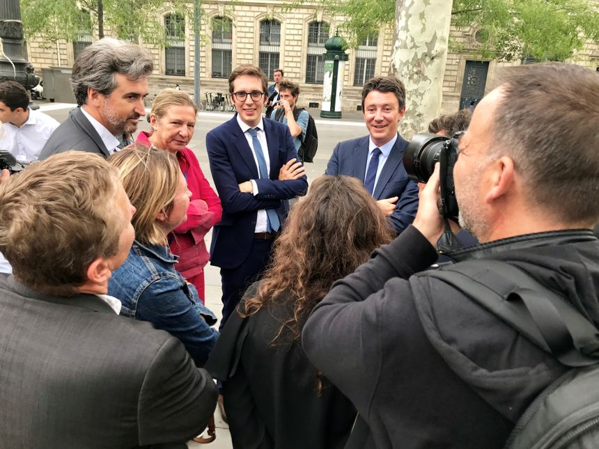 Benjamin Griveaux à la sortie de sa conférence de presse jeudi 29 août.