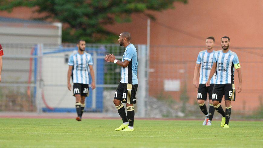 Lors de leur première à domicile contre Créteil, les Ponots ont perdu à Massot (3-2).
