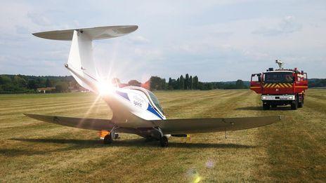 Le pilote ne parvenait pas à verouiller le train d'atterrissage