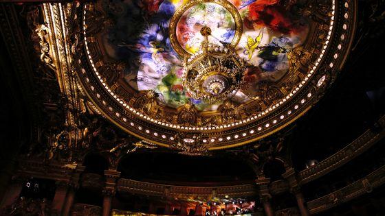 Le plafond de l'Opéra Garnier peint par Chagall