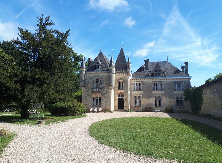 Le Château Baleau, lieu d'accueil et point de départ pour le tour à vélo des vignobles.