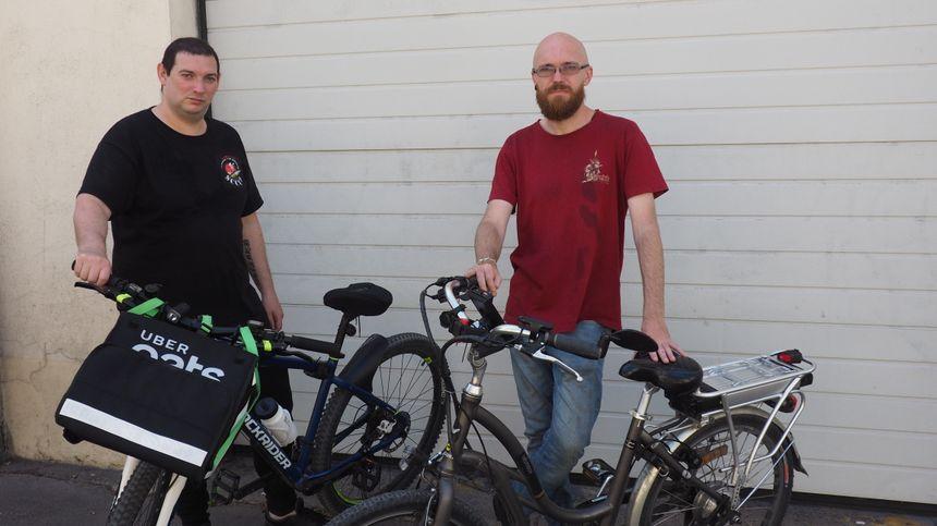 Rémy et Jean-Pierre, livreurs Uber membres du SCUDD - Radio France