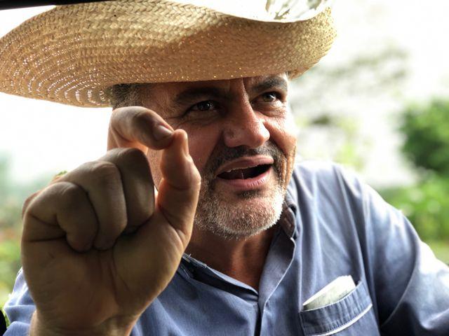 Silas, propriétaire agricole au coeur de l'Amazonie, explique les raisons de la déforestation