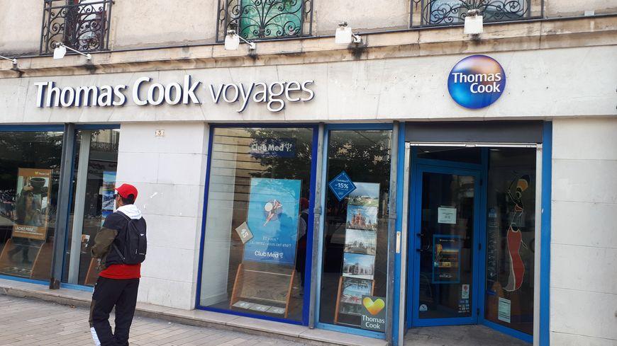 L' une des boutiques dijonnaise de Thomas Cook place Darcy