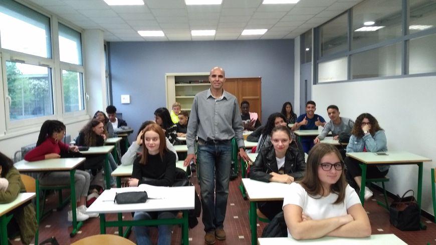 les élèves ont parlé défi sportif avec le coureur auxerrois Abder El badaoui