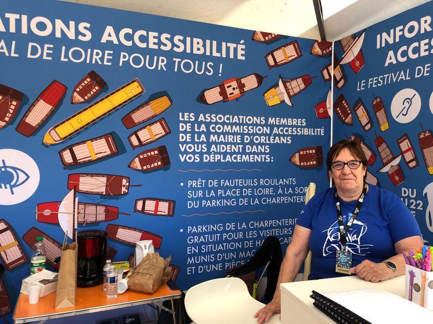 Mireille, bénévole de la FCOS Fédération Orléanaise des Clubs Seniors