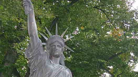 La statue de la liberté de Gourin sera la copie de celle du jardin du Luxembourg à Paris