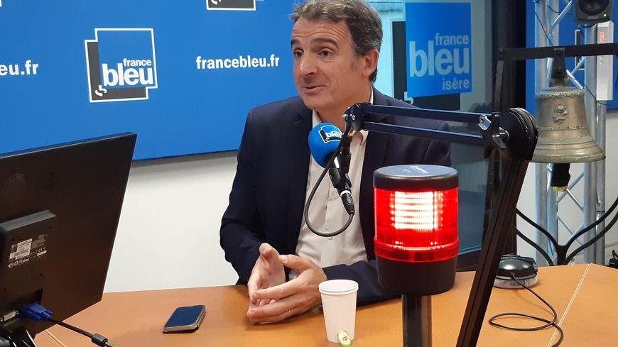 Eric Piolle a salué la stature internationale de Jacques Chirac au micro de France Bleu Isère