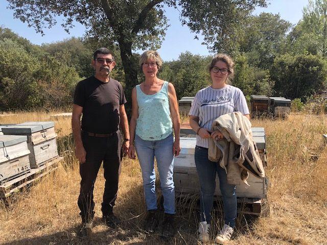 """Patrick, Chantal et Laura Arnoux, """"Les ruchers de l'Uzège"""""""