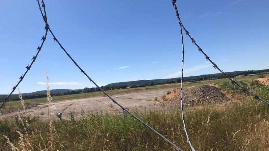 La base aérienne de Frescaty où doit s'implanter le géant Américain Amazon