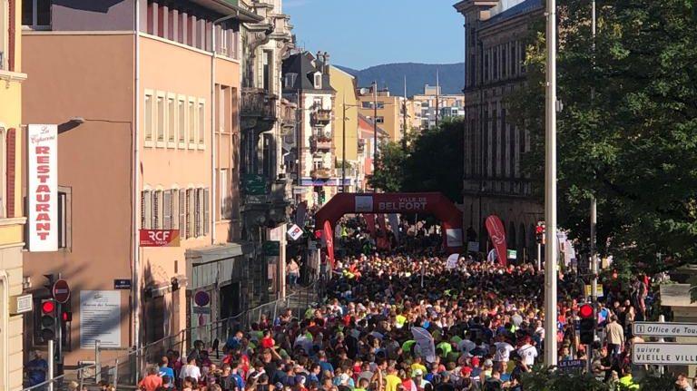 2 mille coureurs du semi-marathon du Lion s'élancent de Belfort