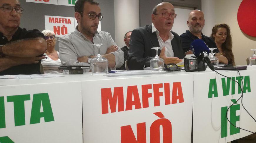Le collectif contre la dérive mafieuse de la Corse porté sur les fonds baptismaux