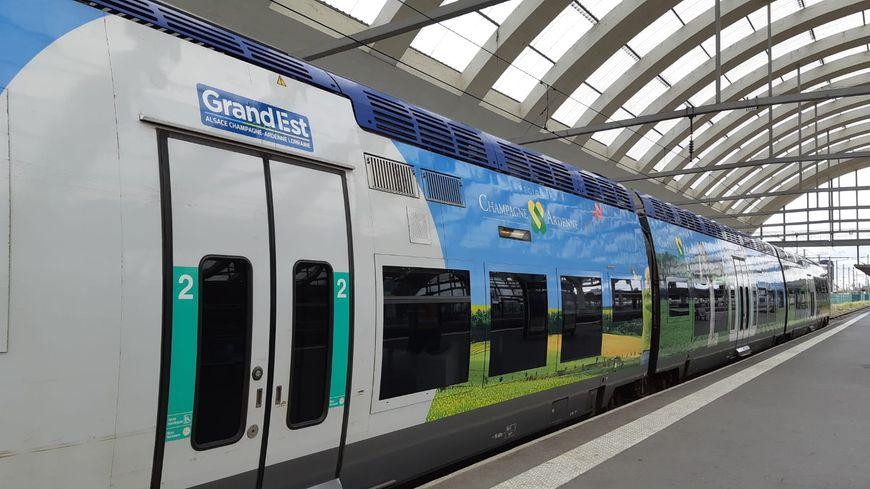 Un TER Grand Est  de Champagne-Ardenne