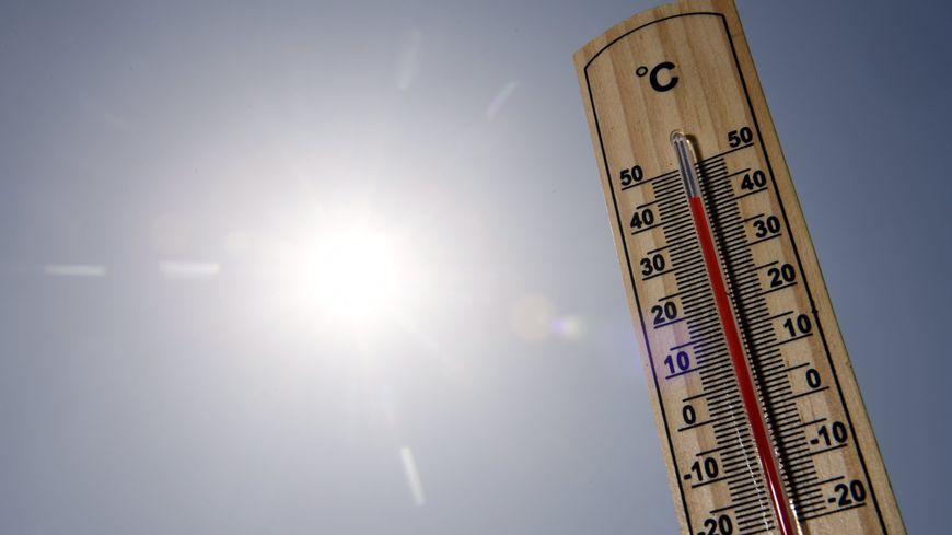Les températures dépassent les normales saisonnières d'une dizaine de degrés