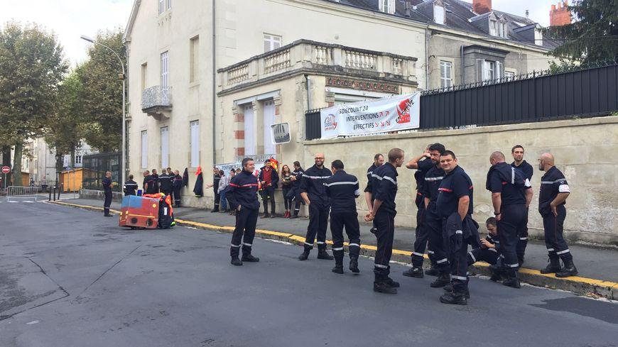 Les sapeurs-pompiers de Dordogne sont en grève depuis fin juin.