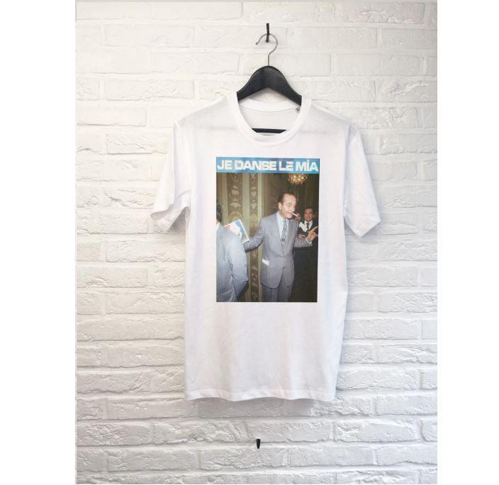 Les t-shirts Chirac se vendent encore mieux depuis l'annonce de la mort du président.