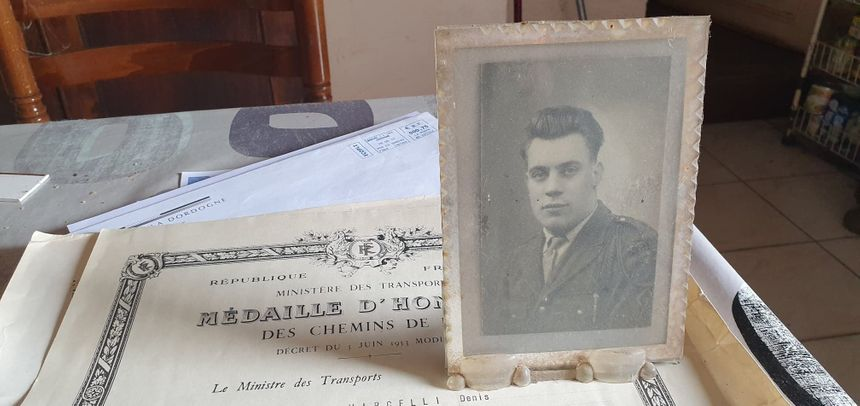 Quand il rencontre Jacques Chirac, Pierre-Denis Marcelli a 24 ans. Les deux hommes sont nés la même année, à quelques mois d'intervalle.